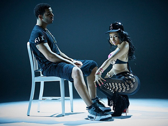 Drake in Air Jordan 3 PEs for Nicki Minaj's Anaconda Video
